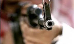 Photo of تعز .. مقتل ثلاثة مدنيين بينهم شقيقان برصاص مسلح بمديرية مقبنة