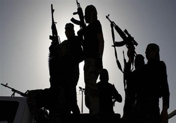 Photo of عدن .. عصابة مسلحة تمارس الاختطاف وضحاياها لا يعرفون عنها شيئا