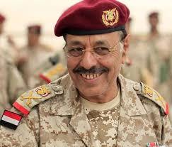 Photo of السفير الأمريكي السابق: علي محسن رفض فكرة صرف مرتبات العسكريين عبر الخدمات المصرفية