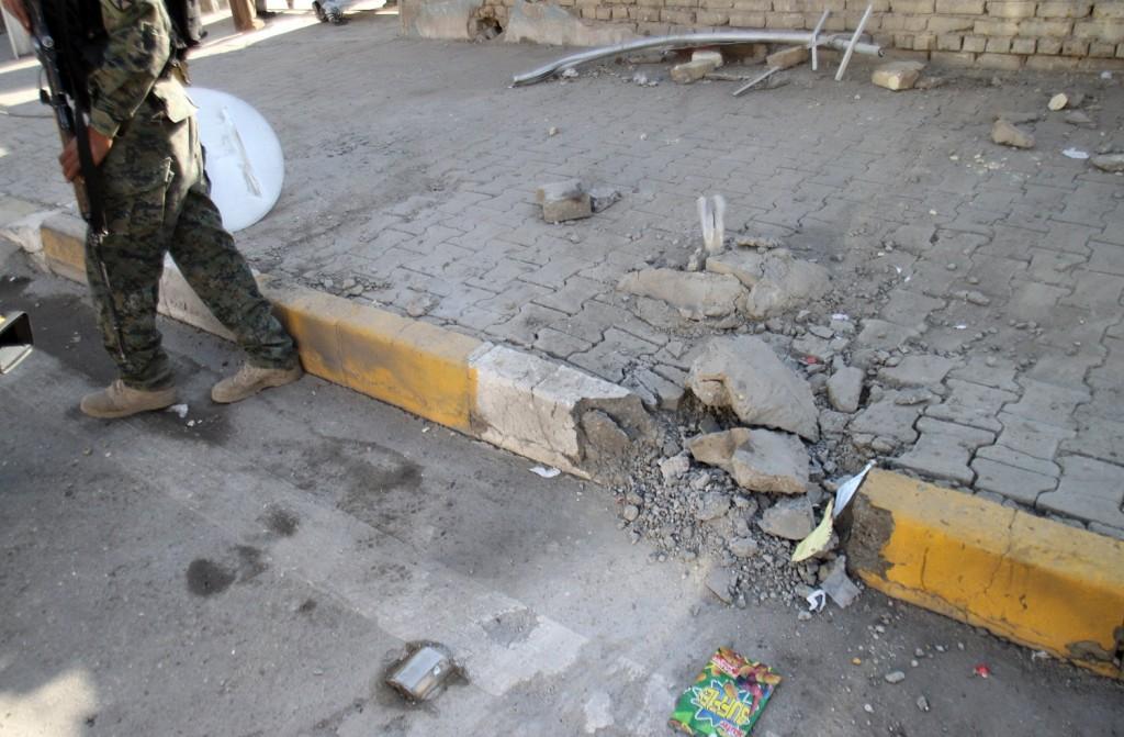 Photo of تعز .. ضحايا في انفجار عبوة ناسفة