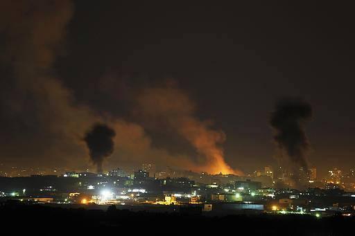 Photo of فلسطين .. قصف إسرائيلي عنيف على غزة وإصابة 10 إسرائيلين أثناء هروبهم من صواريخ المقاومة