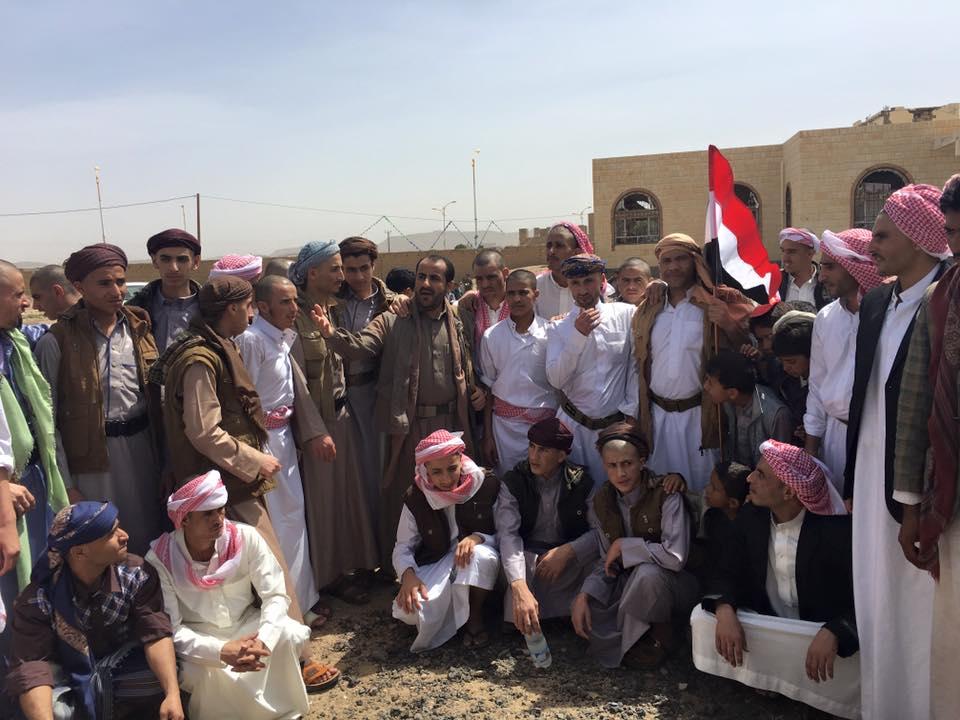 Photo of ناطق أنصار الله ينشر صورة لأسرى سلمتهم السعودية ضمن عملية تبادل أسرى