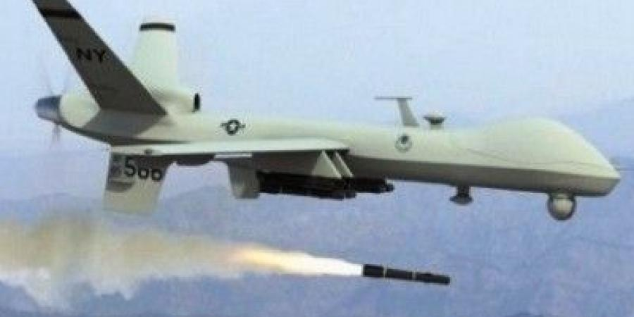 Photo of طائرة بدون طيار تستهدف معسكر لقوات حكومة هادي وسط اليمن
