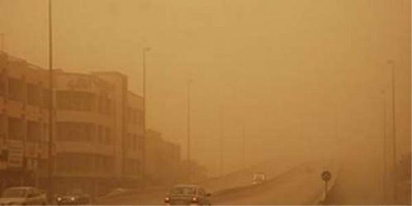 "Photo of الأرصاد: موجة غبار تأثرت بها صحاري ""3"" محافظات وأمطار على أجزاء من المرتفعات والسواحل"