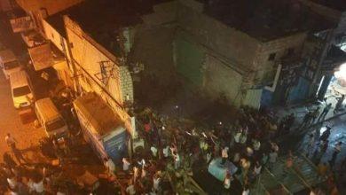 Photo of عدن .. انهيار مبنى سكني بكريتر وسقوط جرحى