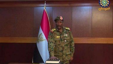 Photo of السودان .. مجلس السيادة يصدر بيانا بشأن أنباء إصابة البرهان بكورونا وتكليف حميدتي بمهامه
