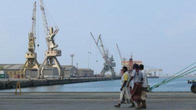Photo of حركة السفن في مينائي الحديدة والصليف الأحد 18 إبريل/نيسان 2021