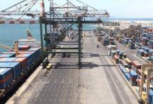 Photo of توجيه بالتحقيق في حاويات اليوريا المحتجزة في ميناء عدن ولجنة حكومية تنزل إلى الميناء