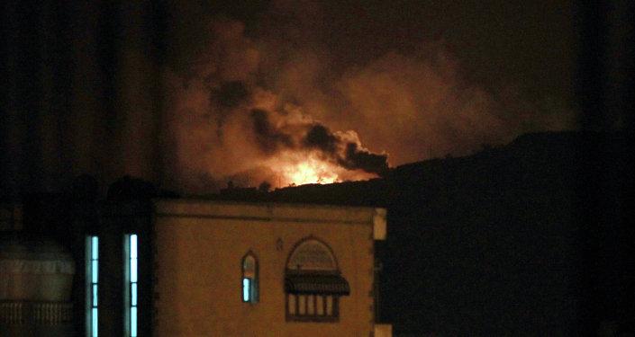 Photo of مقتل وإصابة العشرات بقصف صاروخي استهدف معسكرين بمأرب