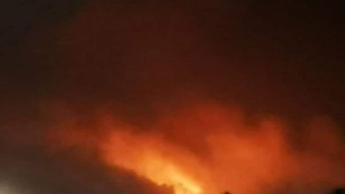 Photo of انفجارات في معسكر لقوات حكومة هادي في مأرب