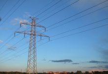 """Photo of صنعاء .. مؤسسة الكهرباء تعلن اعادة التيار الكهربائي لشبكات ومحولات التوزيع في """"11"""" محافظة ومدينة"""