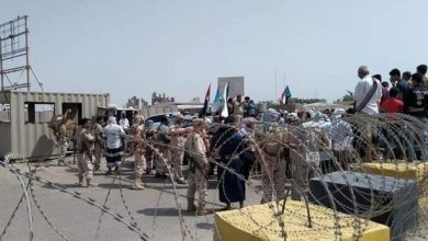 "Photo of تمرد عسكري في مقر قيادة التحالف السعودي بـ""عدن"""