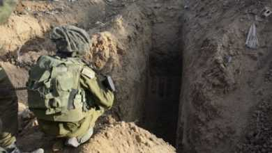 Photo of الجيش الإسرائيلي يعلن تدمير 100 كيلومتر من أنفاق حماس.. والحركة تؤكد ان سرائيل سترضخ لشروطها شاءت أم أبت
