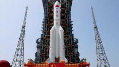 Photo of الصاروخ الصيني الخارج عن السيطرة يقلق العرب ويثير سخريتهم